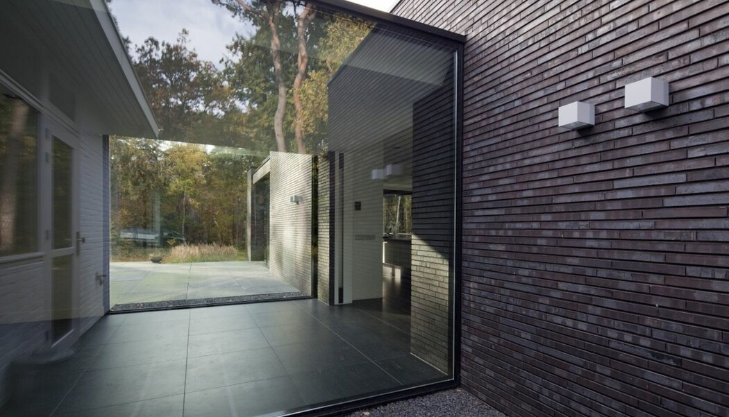 CP 130 (-LS) Sliding Systems and CW 50 Curtain Walls - House Copierwoning located in Zaryna, the Netherlands
