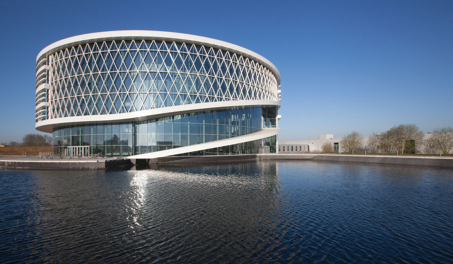 CW 50-RA/FRV Curtain Walls and CW 50 Curtain Walls - Office building Barco One Campus located in Kortrijk, Belgium
